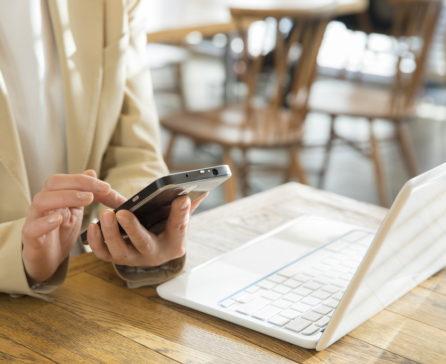 モバイルWiFiルーターとテザリングは実際どっちが良いの?