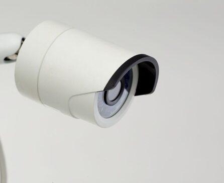 ワイヤレス防犯カメラは屋内向き!?選び方や設置するメリット
